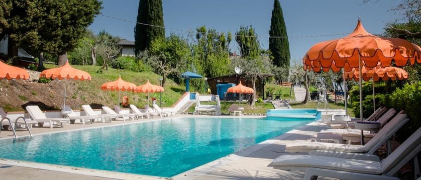 Hotel Mon Repos - Pool.jpg